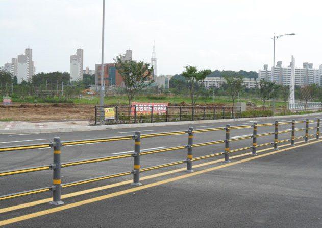 Urethane road fence jeongdo industry